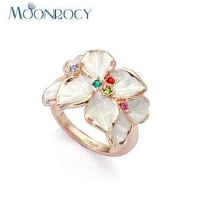 Bagues de cluster Coque Cubic Zirconium Rose Couleur Or Cz Autrichien Cristal Blanc Bague Pour Femmes Cadeau Drop bijoux