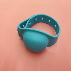Silicone Hand Sanitizer Bracelet Squeeze Contain Bottle Liquid Soap Dispenser Bracelets Bathroom Spray Wristband New Arrival 2 5yy G2