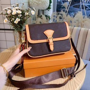 Designer Womens High Quality Luxury Leather Brown Letter Flower bag portable Classic Ladies Brand Shoulder Bags Zipper Wallet