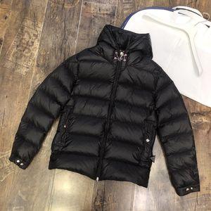 Fashionable New alta qualidade Jacket Down Homens com simples Logo a impressão a preto e branco de duas cores quente e leve Jacket MC