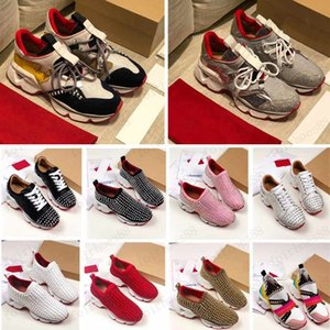 2020 Fashion Red Bottom Uomo Donne Donne Scarpe Casual Spikes Rivetti Dress Dress Dress Party Scarpe da passeggio Sneakers Chaussures De Sport