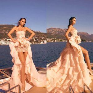 2021 Sheath Short Prom Dresses Strapless Ruffle Overskirt Dubai Elegant Evening Gowns Vestido de novia Party Celebrity Dress