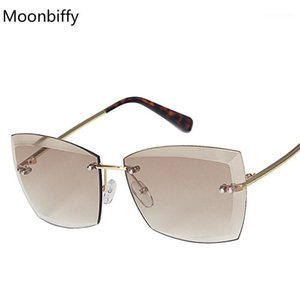 Moonbiffy High Fashion Gafas de sol Hombres Mujeres Brand Designer Square Vintage Sun Glasses Lujo Big Shades1
