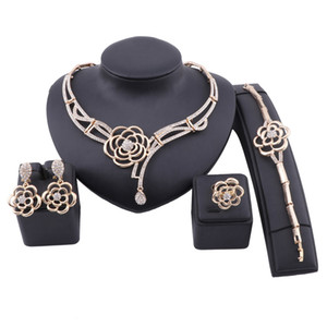 Fashion Dubai Gold Color Jewelry Flower Crystal Necklace Bracelet Ring Earring Women Italian Bridal Accessories Jewelry Set