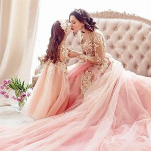 Çok güzel Pembe Çiçek Kız Elbise Wedding 2021 Dantel Aplikler Uzun Kollu Anne ve kızı küçük kızlar Yarışması Parti Abiye AL7623 için