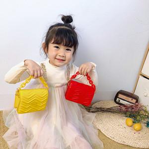 Fashion New kids acrylic chain bag girls crossbody bag children letter single shoulder bag brand luxury girls quilted handbag A5613