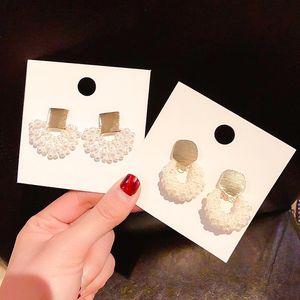 2020 Korean new design hot sale fashion hand-woven elegant pearl fan Moon earrings gold metal earrings for women gift