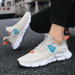 2021 Outdoor Mesh Running Shoes For Women Men Tripe Black White Three Color foam Mens Trainers scarpe Zapatos Chaussures 40-45