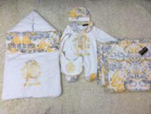 5pcs Conjunto del bebé saco de dormir + manta + romper + cap + babero de la historieta de la impresión de la ropa del recién nacido Marca envío libre