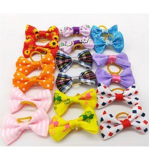 Cheveux de chien Archives avec bandes de caoutchouc Topknot Bows Cute Dog Cute Cheveux Clips Cute Pet Toilettage Chat Petit Fleur Bows 28 J2