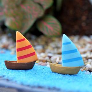 Миниатюрный Лодка Парусник Желтый Синий аквариум украшения Материал Moss Террариум Micro BeachLandscape Средиземноморский стиль Fairy Garden GWF2485