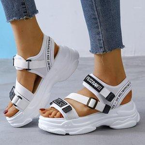Sandales Femmes Sandales Chaussures Casual Bas Épais Respirant Mesdames 2020 Diaposibles Plate-forme Fashion Plate-forme Sandales d'été femmes1