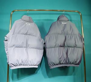2020 Europa América Oversize temor de Deus Essentials Arrefecer colete reflector Homens FOG algodão colorido Brasão Mulheres Laser Windproof casaco quente