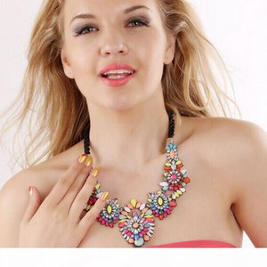wholesale fashion European big statement layered colorful crystal flower necklace jewelry wholesale women clain choker necklaces