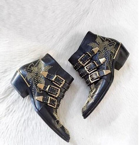 Susanna Studded Leather Ankle Boots Women Round Toe Rivet Flower Martin Boots Women Luxury Velvet Boots Zapatos Mujer 201020