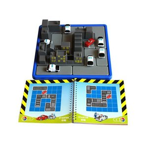 3D building model Thrilling intercept games the police caught thief 60 level desktop chess Maze
