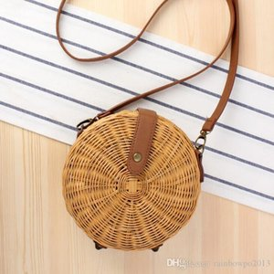 Factory wholesale handbag summer new simple straw hand-woven natural rattan women shoulder forest round messenger bag