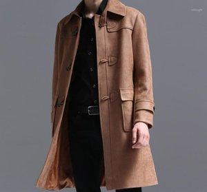 Chegada nova! Lapel Mid-Length Suede Camurça Homens Primavera e Outono New Jacket College Wind Horn Buckle Casaco Menino Outwear! 1