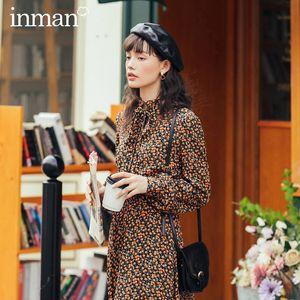 INMAN Autumn Winter New Arrival Elegant Lady Retro Artsy Style A Line Tie Collar Fit Waist Long Sleeve Women Dress 201022