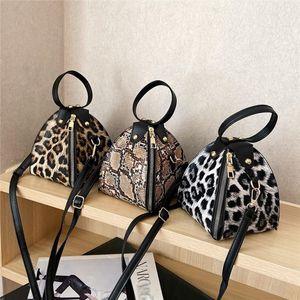 Fashion Purses And Handbags Women s Trend Large Capacity Leather Shoulder Bag Messenger Bag Snake print 25