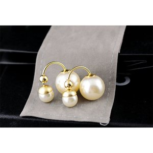 diouman447447 High Quality Celebrity design Women Letter Pearl Stud Earrings Fashion Metal Ball Earring Jewelry With Box