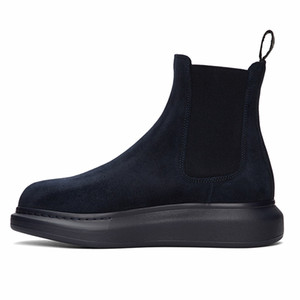 Slip On Snow Boots Thick Sole Men Ankle Boots Soft Leather Male Comfortable Boots 16#20 20d50