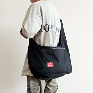 New Peito Bag Funcional Vest Coreia do Harajuku Street Style Grande Capacidade Crossbody Bag para as mulheres negras Cotten Messenger Bag C1026