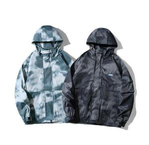 2020 Fashion Men Women Camouflage Jacket Hip Hop Casual Male Windbreaker Coat Streetwear Hooded Jacket for Men Outdoor Clothes