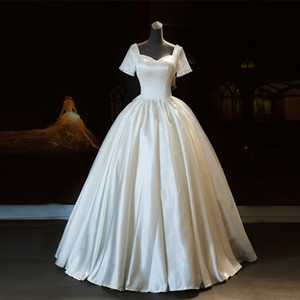 Rustic White Satin Wedding Dresses with Short Sleeves Ball Gown robe de soirée de mariage with Bow Lace Up Back Wedding Gown