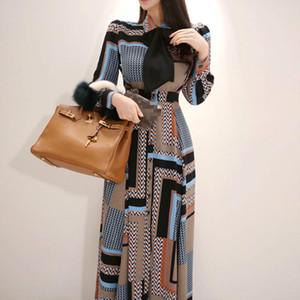 [EWQ] 2020 Осенняя осень Новый с длинным рукавом Современная леди платья свободных повседневных ослаблений халат лук проверка вечеринка рубашка платья qb93709