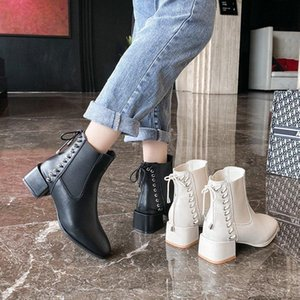 2020 Autumn and Winter New Women's Round-toe Thick Heel Women's Boots with Cross Strap Decoration Plus Size Boots Burst