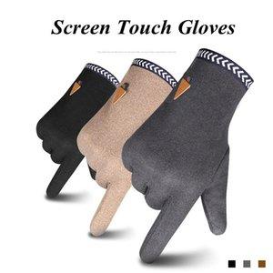 Luvas Homens Inverno Tela Luvas toque luvas quentes de dedos completos Luva Moda Plush Dentro luva Casual Sólidos pulso Mittens OWD2113