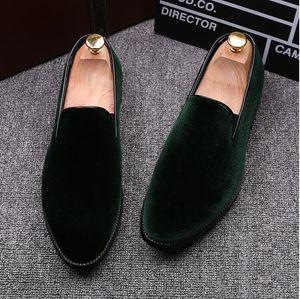 Fashion Men Dress Shoes Shadow Patent Leather Luxury Fashion Groom Wedding Shoes Men Luxury Italian Style Oxford Shoes