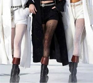 Las mujeres imprimieron Carta medias de nylon ver a través Mallas medias del estiramiento de cintura alta Stocking Mujer calcetería