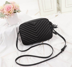 Womens Luxury Designer Bag Handbags Lou Cámara Bolsa Diseñador Lujo Bolsos de Lujo Monederos Acolchada Cuero Crossbody Bolsa Moda Bolsas de Hombro