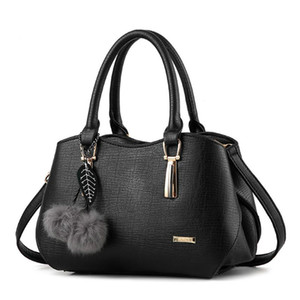 Women Handbags Leather Lady Shoulder Bags Fashion Pleated Chains Solid Messenger Crossbody Bags Party Tote Sac