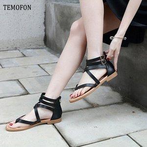 TEMOFON 2020 Yaz Ayakkabı Düz Gladyatör Sandalet Kadınlar Retro Peep Toe Deri Düz Sandalet Sahil Casual Ayakkabı Bayanlar HVT1054 hsyB #