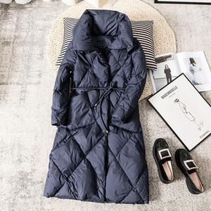 Ailegogo 2020 Зимних вниз Длинных пальто Женщин Сыпучие 90% утиного Keep Warm ветровка Крупногабаритного отворот Navy Blue Jacket Талия пояски