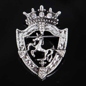 Wholesale Gold Silver Horse Brooches Crystal Rhinestone Corsage Scarf Clips Women Girl Suit Coat Accessories Jewelry