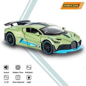 HBEKARS 1:32 Metal Alaşım Modeli Araba Diecasts Oyuncak Araçlar Divo Oyuncak Araba Geri Çekin Ses ve Işık Çocuk Koleksiyonu Hediyeler için LJ200930