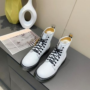 2020 British style design original single 8-hole female wild short boots Martin boots free shipping 35-40 yards