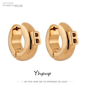 YHPUP мода буква маленький B коренастый обруч серьги для женщин простой металл 14 K медные модные серьги букл д'Ореи Femme