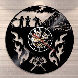 İtfaiye Kurtarma Kask Eksen Vinil Tutanak Duvar İzle Clock Mücadele Wall Art Duvar Saati İtfaiyeci Çapraz