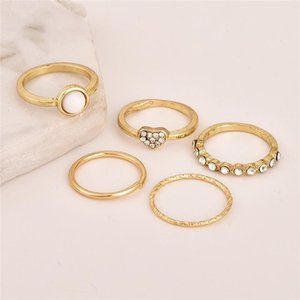 New Vintage Gold Alloy Ring Sets For Women 5Pcs set Fashion CZ Zircon Heart Finger Ring Statement Knuckle Ring