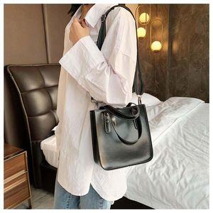 Original High Quality Designer Luxury Handbags Purses Onthego Shopping Bag Women Tote Brand Cowhide Embossing Genuine Leather 7845464251