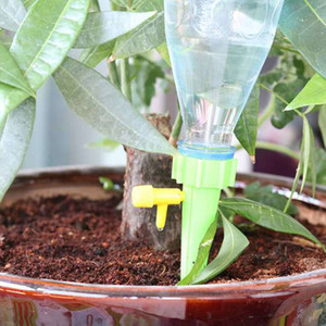 التلقائي النباتات المنزلية زهرة حديقة سقي جهاز مخروط شكل النبات التنقيط الري الذاتي الري الري GWF2786