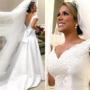 Vestidos de novia de satén de encaje blanco Abierto Backless Big Bow en V Cuello de manga de la casilla Una línea 2021 Vintage vestidos de novia clásicos Vestido de Noiva