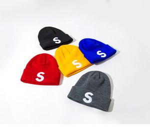 Unisex Beanies Knit Hat Autumn Winter Outdoor Men Knitted Hat Hip-hop Embroidery Badge Skullies Warm Man Sport Gorros Women Knitwear Cap