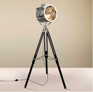 American Industrial Loft Retro Vintage Stehlampe Led Industrie Tripod Scheinwerfer Kreative Wohnzimmer-Dekor Leuchte