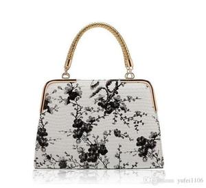 2020 الأزياء الإناث حزمة 2016 جديد حار نمط الرياح الصينية الأزرق والأبيض الخزف حجر الحبوب الطباعة مرآة حقيبة السيدات حقائب السيدات
